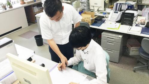 レポート4:設計脇坂「ワンちゃん用テーブルに挑戦する!」編 | Shoei彩工房