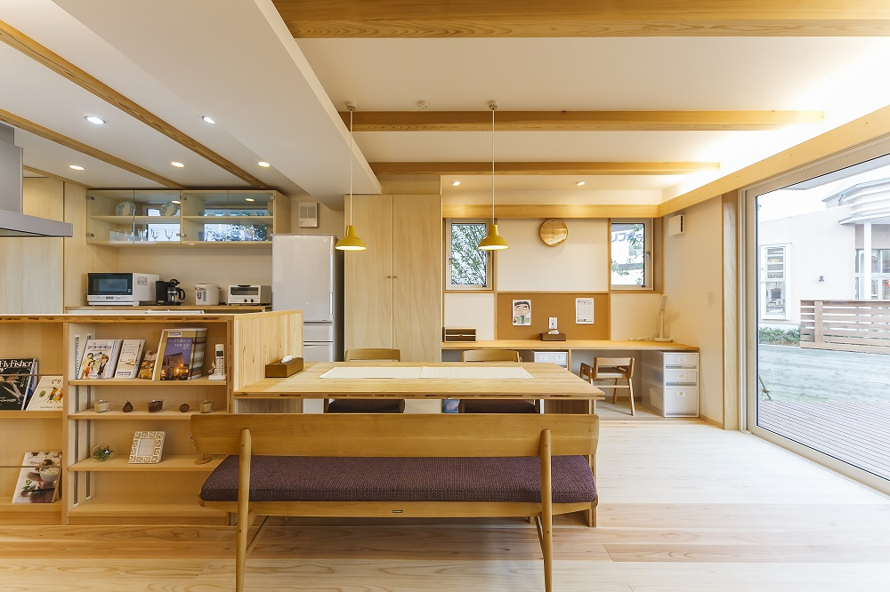 【Shoei彩工房】美園モデルハウスのダイニングテーブル